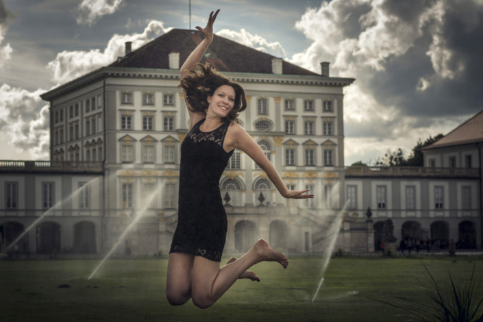 Outdoor Portraitfotografie Frau vor Springbrunnen